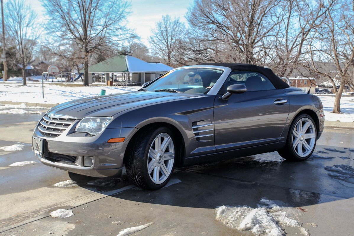 Pre-Owned 2005 Chrysler Crossfire Limited