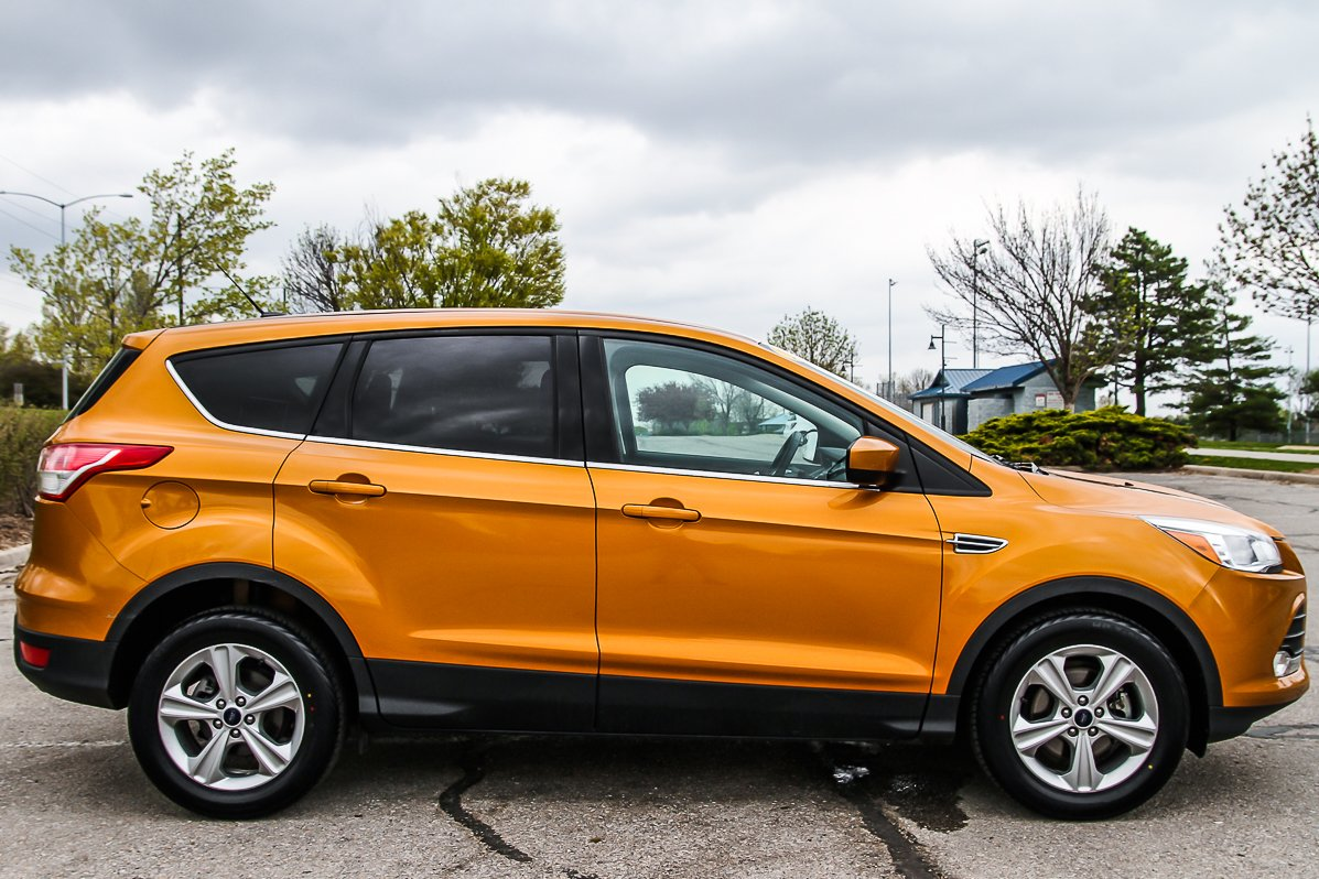 Certified Pre-Owned 2016 Ford Escape SE