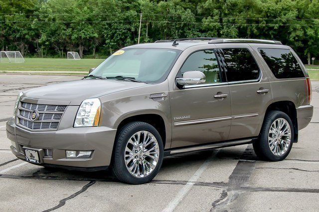 Certified Pre-Owned 2014 Cadillac Escalade Premium