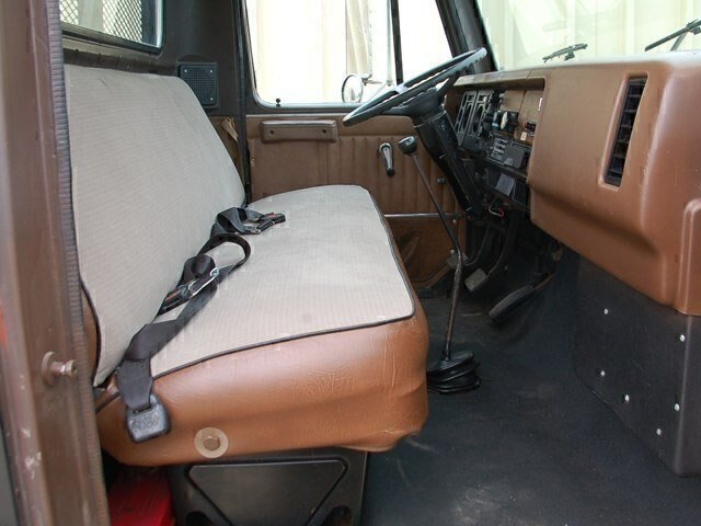 Pre-Owned 1988 INTERNATIONAL TRUCK