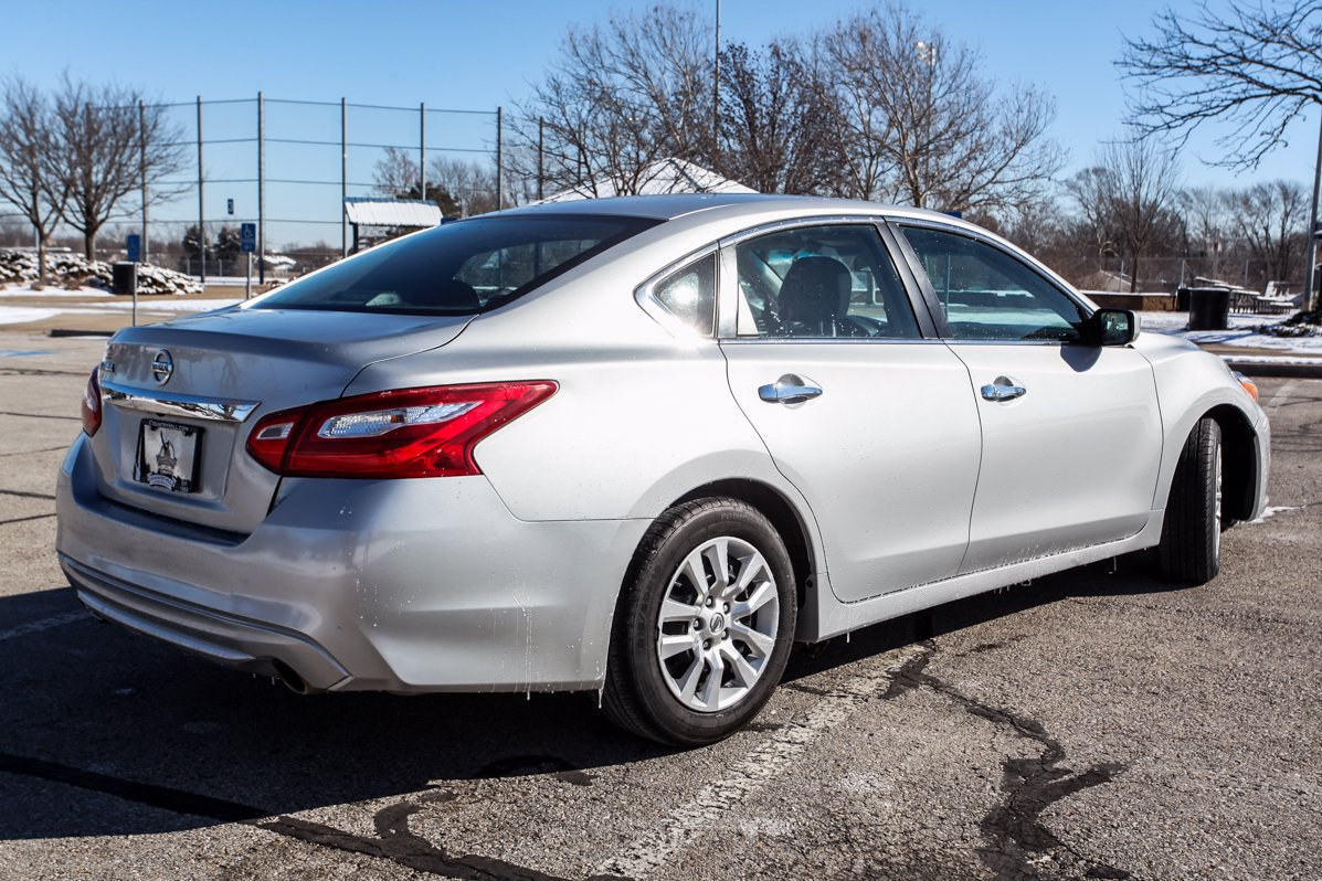Certified Pre-Owned 2016 Nissan Altima