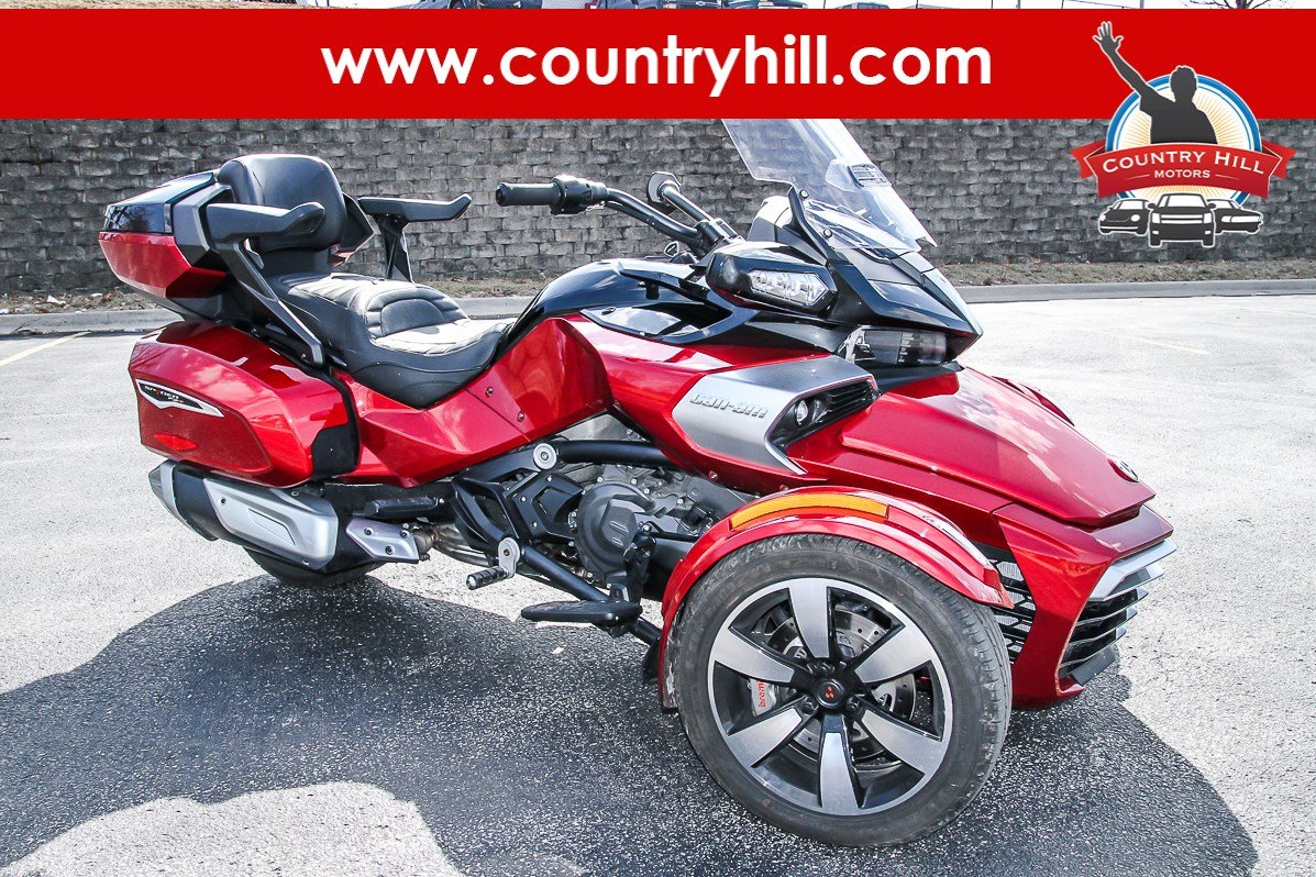 Pre-Owned 2016 CAN-AM U