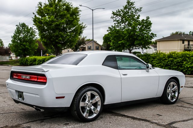 Certified Pre-Owned 2013 Dodge Challenger SXT Plus