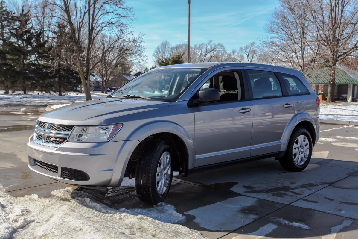 Certified Pre-Owned 2015 Dodge Journey American Value Pkg