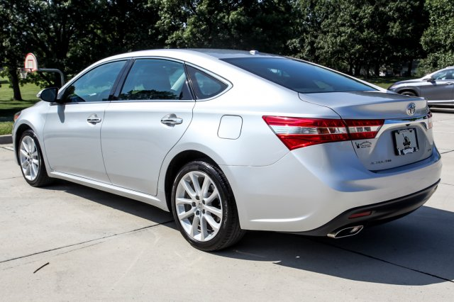 Certified Pre-Owned 2013 Toyota Avalon XLE