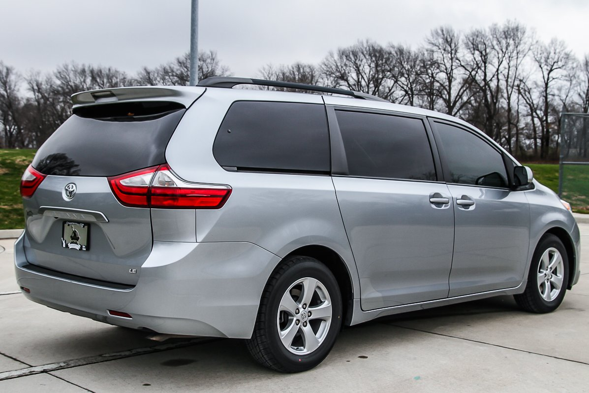 Certified Pre-Owned 2015 Toyota Sienna LE