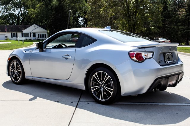 Certified Pre-Owned 2015 Scion FR-S