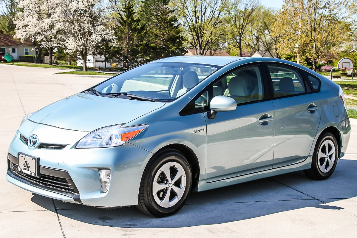 Certified Pre-Owned 2015 Toyota Prius U