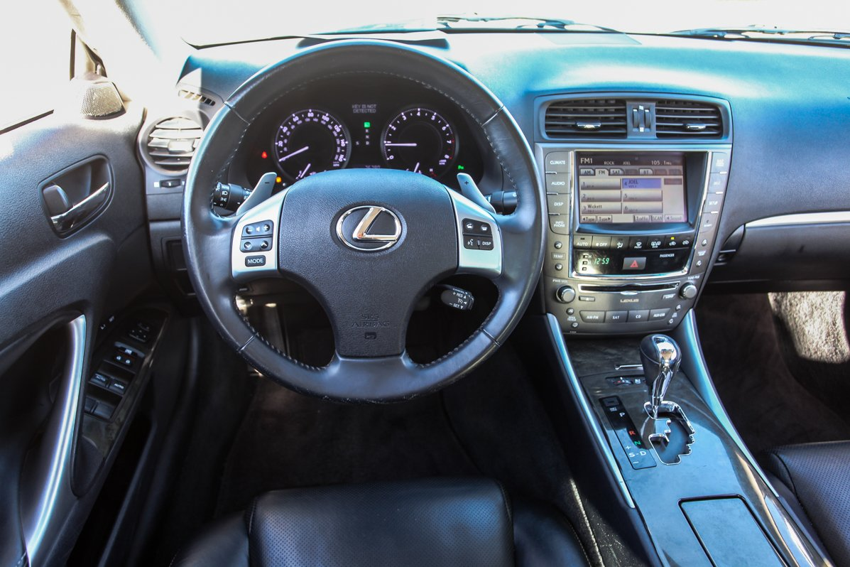 Certified Pre-Owned 2011 Lexus IS 250C