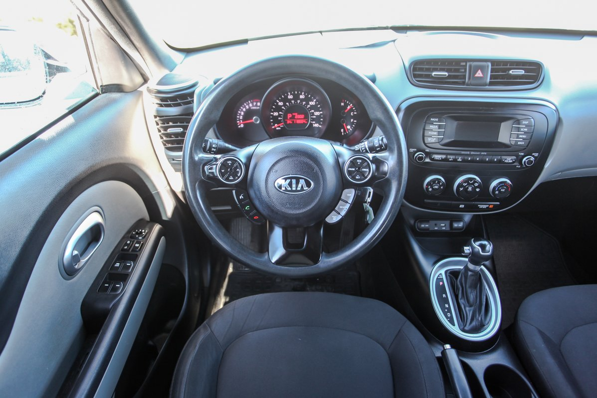 Certified Pre-Owned 2015 Kia Soul Base