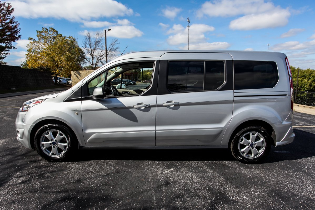 Certified Pre-Owned 2016 Ford Transit Connect Wagon Titanium