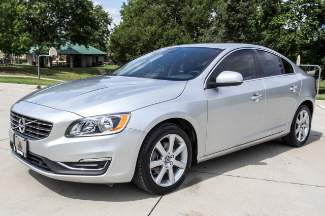 Certified Pre-Owned 2016 Volvo S60 T5 Drive-E Premier