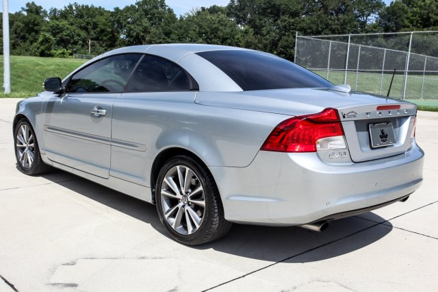 Certified Pre-Owned 2012 Volvo C70 T5